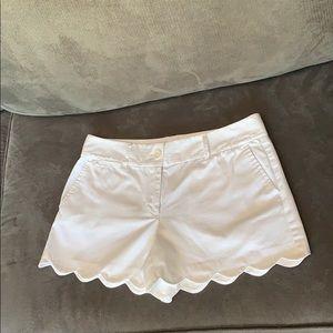 LOFT Shorts - White scalloped shorts